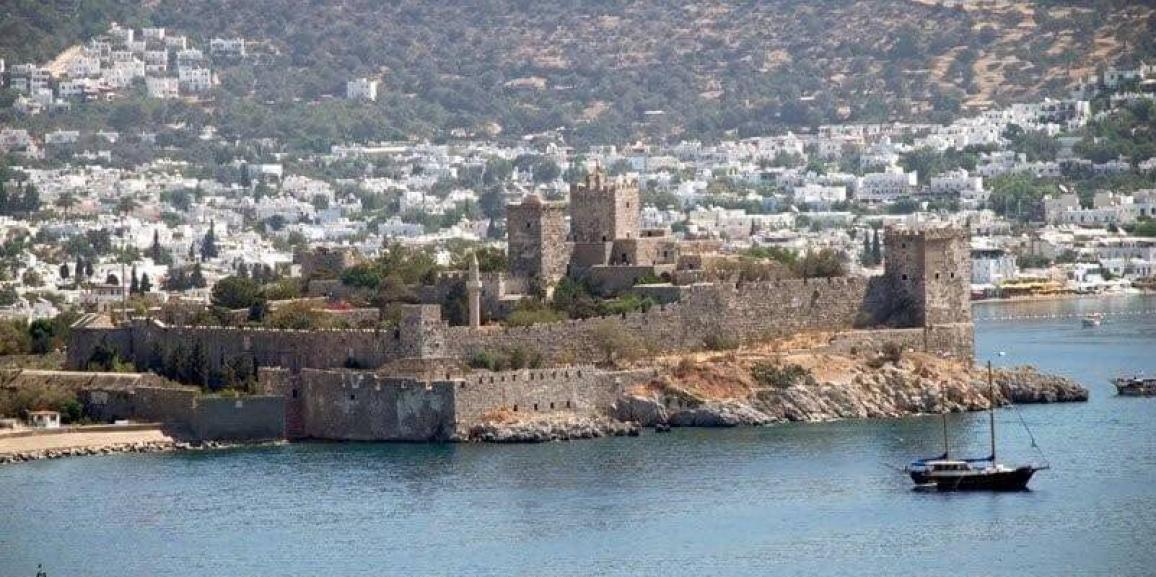 Διάλεξη του φιλόλογου Θοδωρή Κοντάρα και προβολή διαφανειών με θέμα: <STRONG>«Περιδιαβαίνοντας στα λαμπρά χνάρια  του ελληνικού κόσμου της Καρίας»